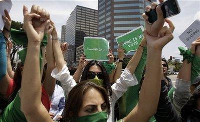 capt.210c082829314a7186f66d1aeb09c479.us_iran_election_cajh101.jpg