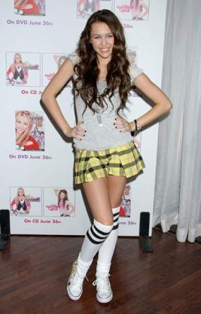 miley-cyrus-skirt.jpg