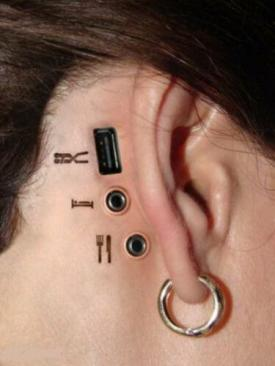 robot-girl--piercing.jpg
